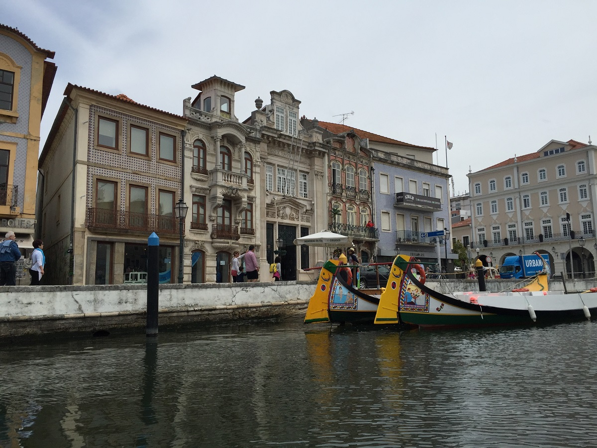 Transfer From Lisbon to Oporto with Stops