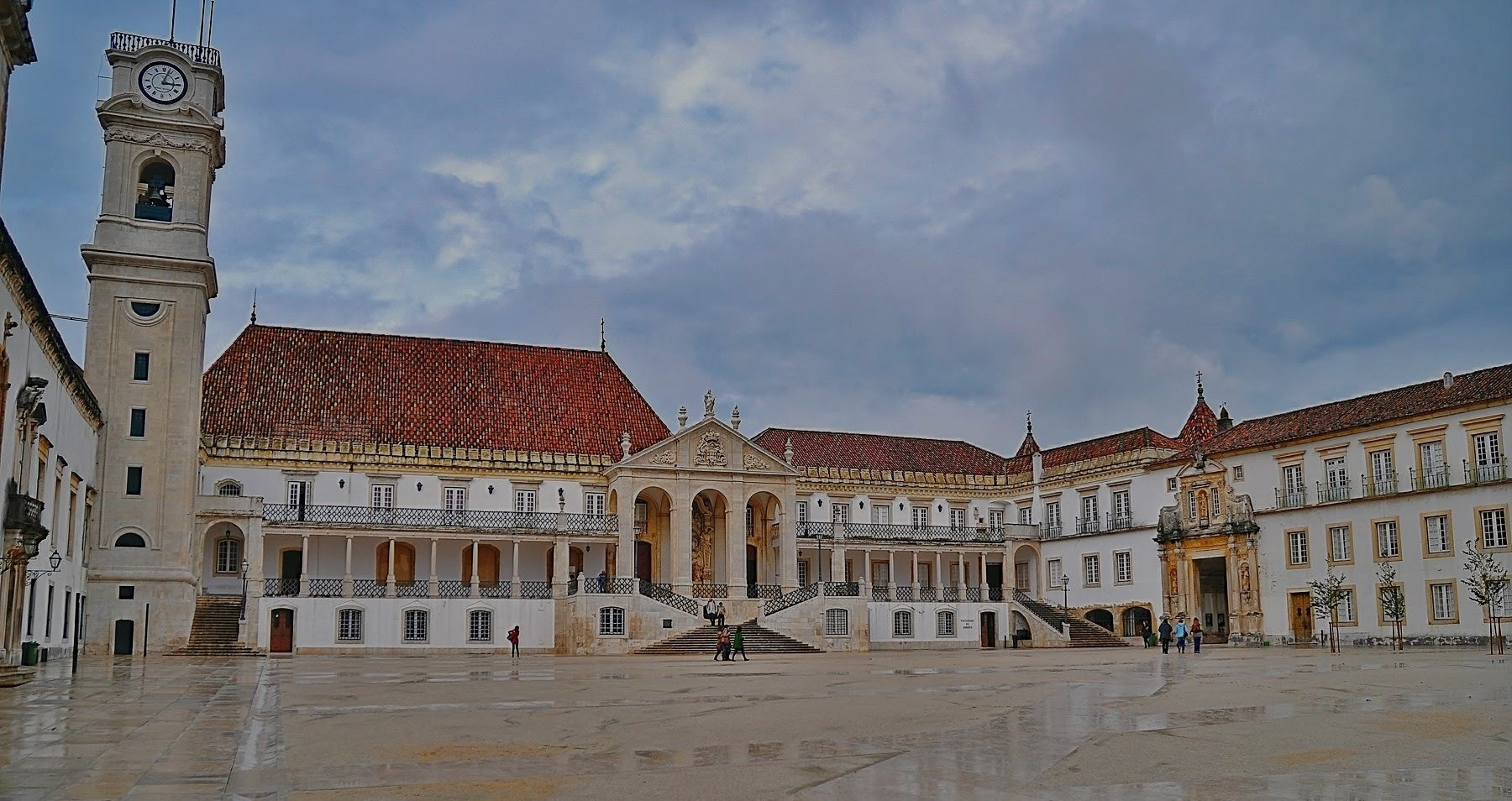 Coimbra and Tomar Tour from Lisbon